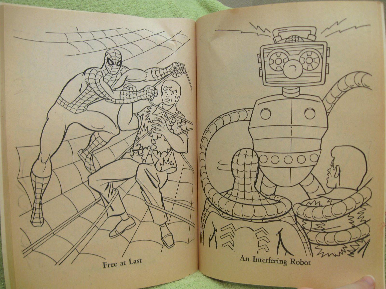 Whitman hot wheels coloring book - Amazing Spiderman Vintage Coloring Book