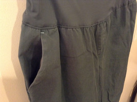 GAP Women's Size 6 Maternity Pants w/ Belly Band Dusty Spruce Green Wide Leg Cut image 5