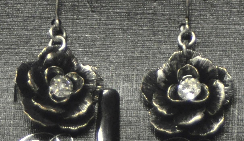 Premier Designs Eden Earrings