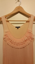 GAP Women's Ruffle Tank Top, 100% Rayon, Apricot, Casual Solid Size M Pre-owned - $16.19