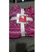 Womens medium simply styled fleece pjs - $28.00