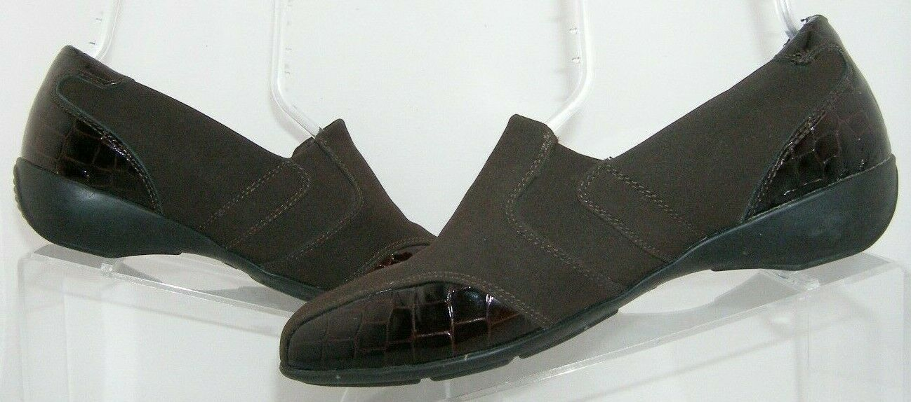 Clarks 'Noreen Will' brown crock print square toe slip on loafer flats 9.5M 6581