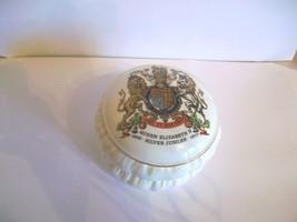 Silver Jubilee Lidded Pot, Roy Kirkham Pottery, Staffordshire, England - £17.07 GBP