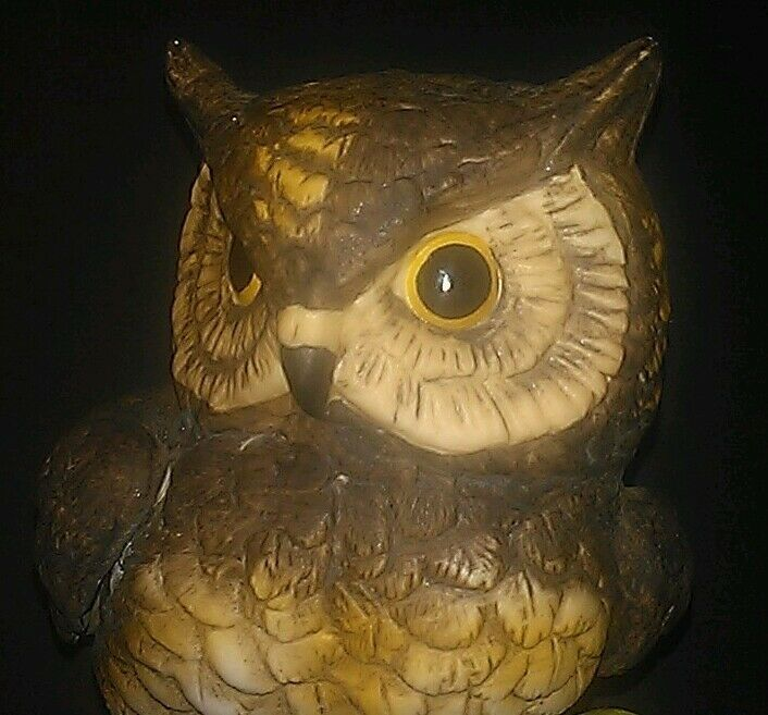 "VTG Hand Painted Ceramic 6 3/4"" Horned Owl On Tree Branch w/Berries VERY NICE!"