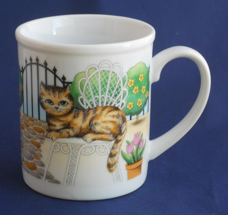 Primary image for Cat Kitty Kitten With Daisys Trees Bird Bath Coffee Cup Mug