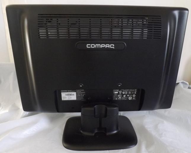 """Compaq 18"""" LCD Color Monitor"""