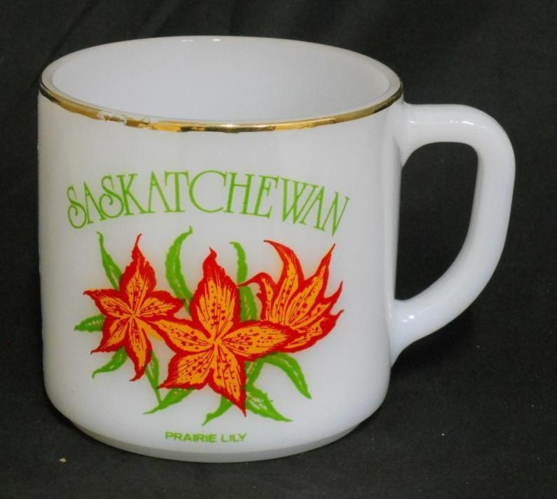 Primary image for Federal ~ SASKATCHEWAN ~ Prairie Lily Milk Glass Cup Mug Flower Floral Retro Mod