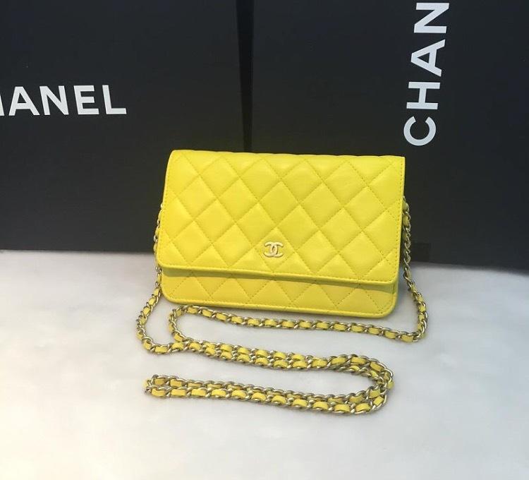 14cf83c6272d 100% AUTHENTIC CHANEL WOC Wallet On Chain Bag Citron Yellow ...