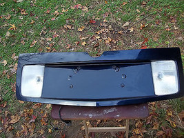 03-07 CADILLAC CTS TAIL TRUNK FINISH PANEL LICENSE PLATE HOUSING BLUE - $173.25