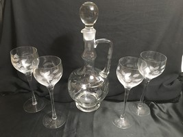 Vintage Floral Etched Glass Decanter W/ Stopper & 4 Tall Stem Wine Glasses - $38.00