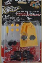 """NEW - NOUVEAUTE - Finger Skate In Line """"Grip & Tricks"""" Finger Roller - M... - $9.96"""