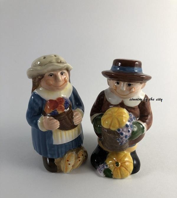 Thanksgiving pilgrim s p 2