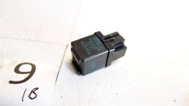 1999-2001 Toyota Camry Japan Toyota Flasher Relay 81980-12110 Feo 1B9 - $19.78