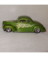 Hot Wheels 40 Ford Coupe Green Yellows Flames Car Loose Maltel 2001 - $9.46