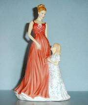 Royal Doulton TIME TOGETHER Mother's Day Figurine of Year 2015 #HN5728 New - $108.90