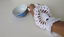 White Fingerless Summer Glove Crochet Handmade - $12.87
