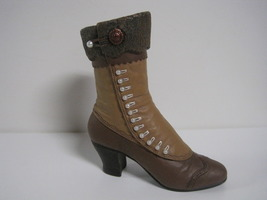 Raine & Willitts Just the Right Shoe 1999 High Button Boot with Box - $6.00