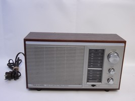 Realistic MTA-15 AM FM Radio - shack Model 12-695 Tabletop Walnut Grain ... - $27.69