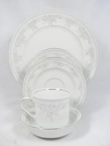 Johann Haviland Royal Lace Fine China 5 Piece Place Setting Bavaria Germany - $49.49