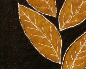 Gestalt Leaves: Quilted Art Wall Hanging