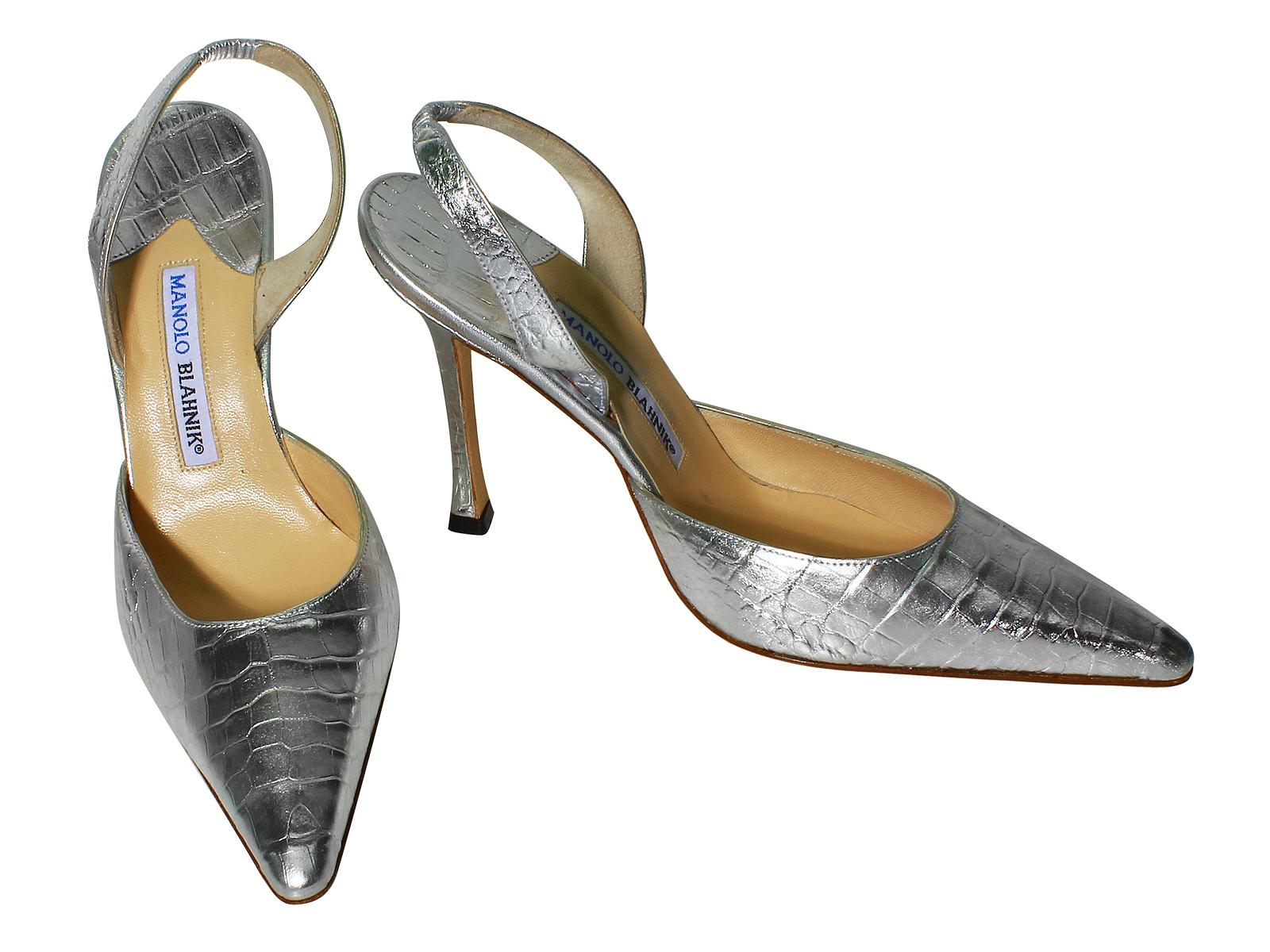13ddeb98fa6 623.0. 623.0. Previous. MANOLO BLAHNIK Carolyne Crocodile Shoes Size 39.5  Color Silver L623