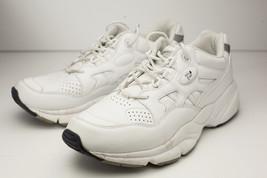 Propet 9.5 Narrow White Walking Shoes Women's - $34.00