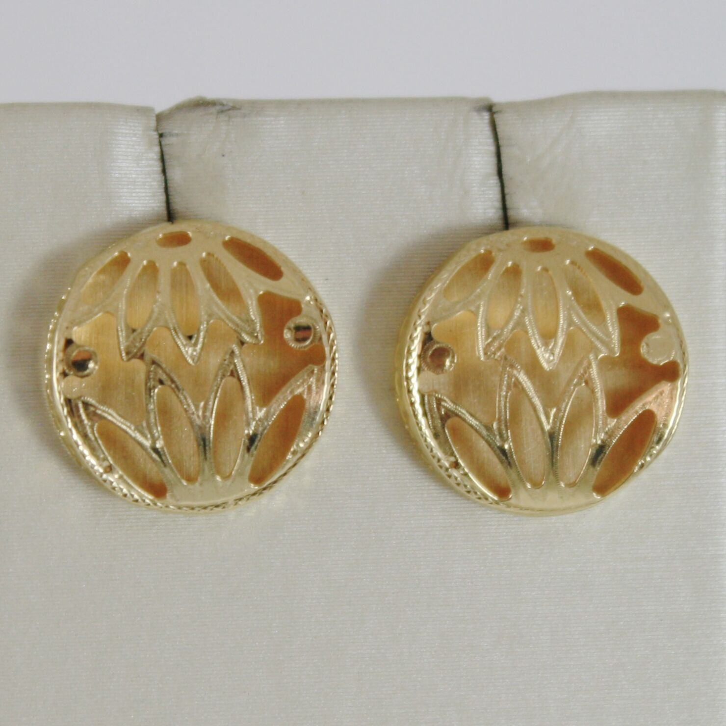 Yellow Gold Earrings 750 18K, Button with Flowers, Satin, Double Wall