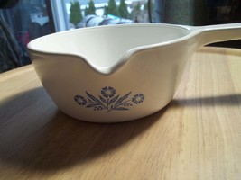 Corning Ware, Cornflower  P-89-B 2 1/2 Cup Sauce Pan with lip for pouring - $20.43