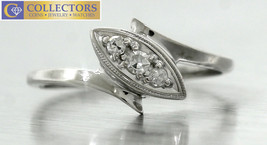 Ladies 14k 585 White Gold Diamond Oval Cocktail Ring - $249.42