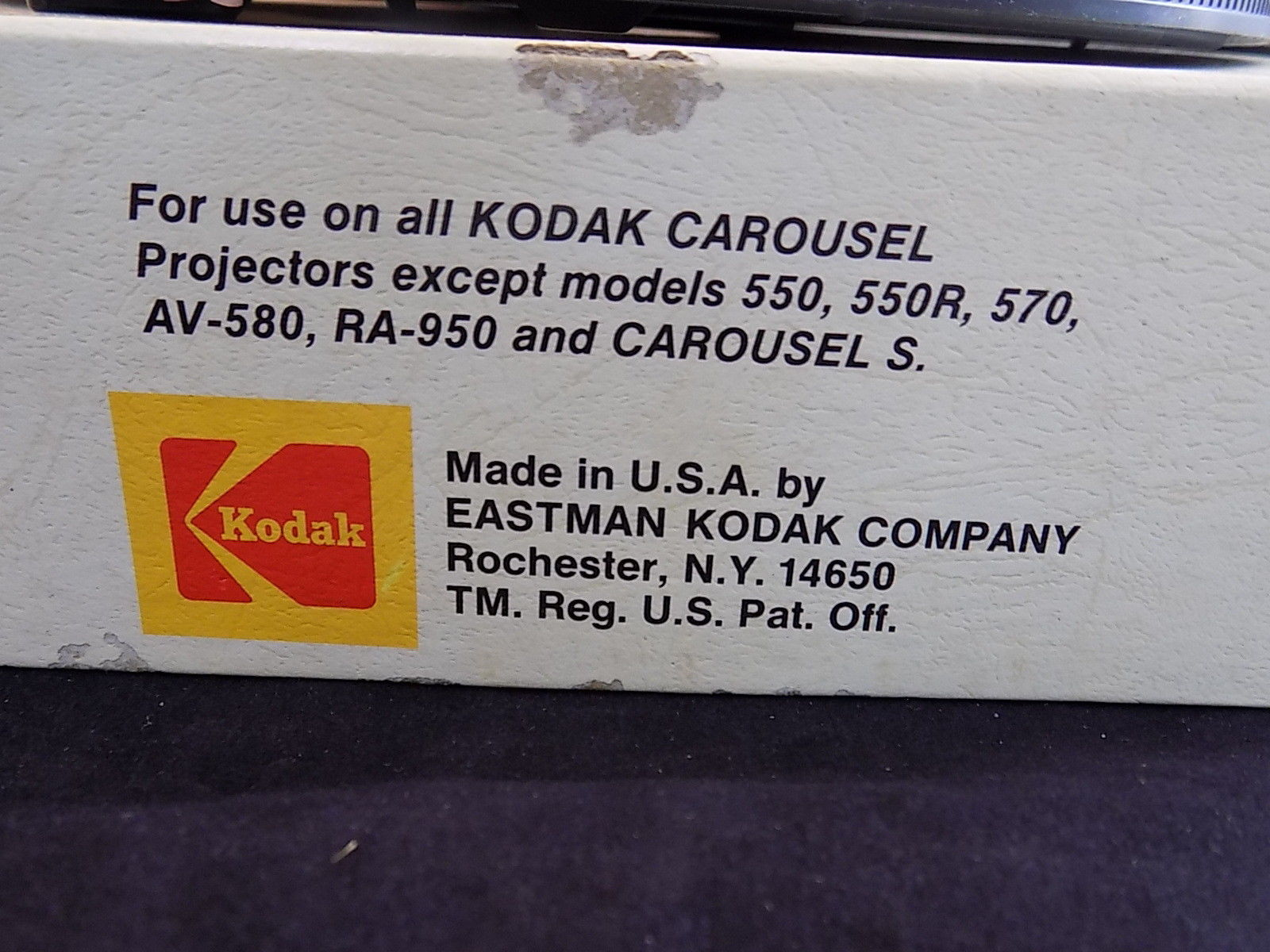 EASTMAN KODAK CAROUSEL SLIDE TRAYS Set of 2 Carousels Holds 140 and 80 Slides