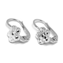 18K WHITE GOLD KIDS EARRINGS, FINELY HAMMERED FLOWER DAISY LEVERBACK CLOSURE image 2