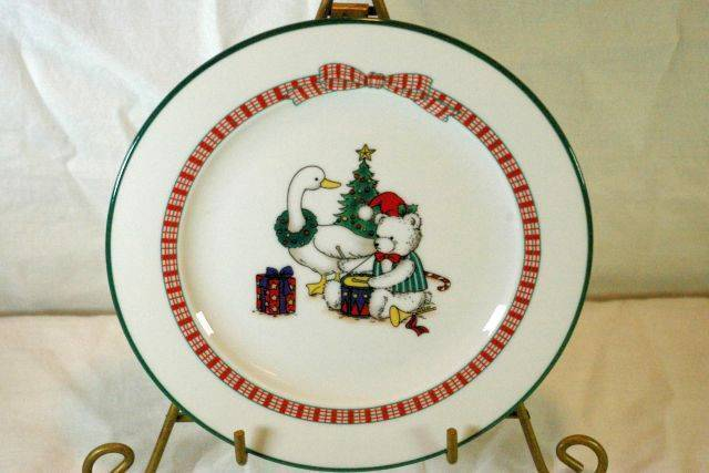 Primary image for Anchor Hocking Memories Salad Plate