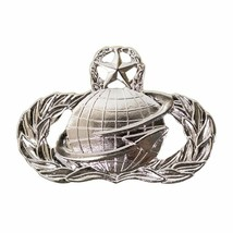 Mid Size Genuine U.S. Air Force Usaf Breast Badge: Manpower And Personnel: Master - $16.81