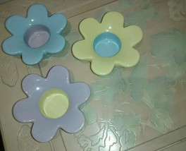 Partylite Lively Trio Tealight Flower Candle Holders Pastel Blue Purple ... - $18.70