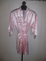 PLANET SPA LADIES PINK ROBE w/LINGERIE BAG-MISSY-NWOT-PINK EMBROIDERED F... - $9.80