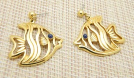 AVON One Fish Two Fish Blue Eyed Gold Tone Post Earrings Vintage - $13.86