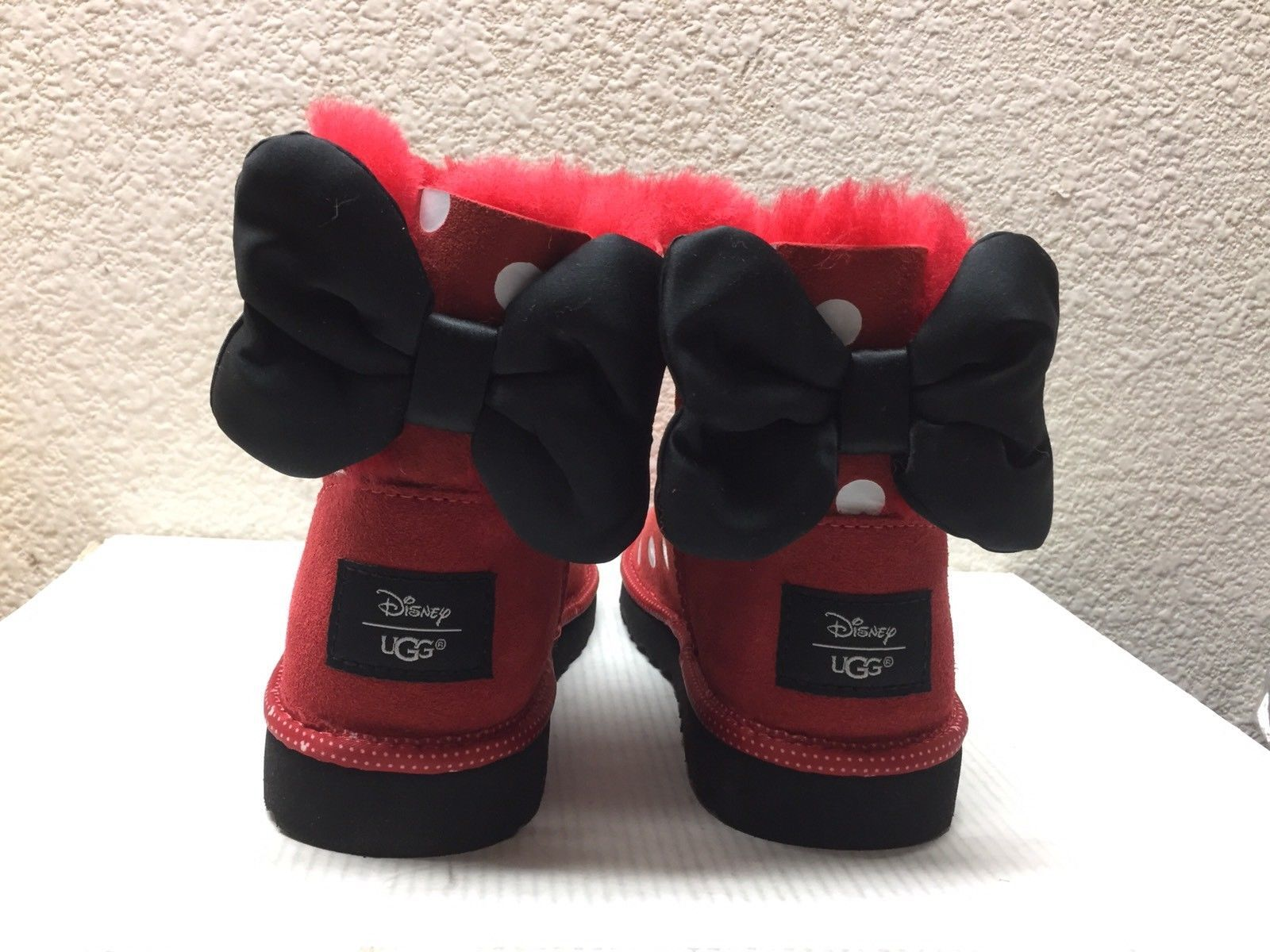 Primary image for UGG DISNEY MINNIE POLKA DOTS RED SWEETIE BOW YOUTH/ KID US 4 - US6 /EU37 /UK4.5