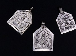 VINTAGE ANTIQUE INDIAN TRADITIONAL AMULET OLD SILVER TRIBAL 3 Pcs PENDAN... - $28.21
