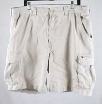 Tommy Hilfiger Mens Beige Cargo Shorts Tag Size 40, Measures 40 x 10 - $16.82