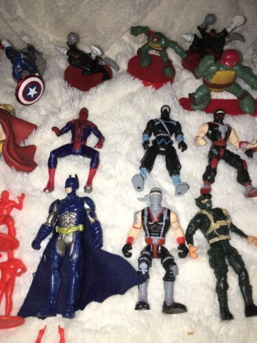 Mixed Super Hero Action Figure Lot Of 36 Marvel Ninjas Turtles Power Ranger WWE image 5