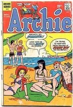 Archie #221 1972-Betty-Veronica-Jughead-swimsuit cover G - $25.22