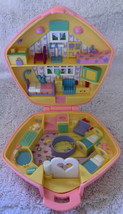 Vintage 1992 Polly Pocket Polly in the Nursery - Pink Compact Only - $19.79
