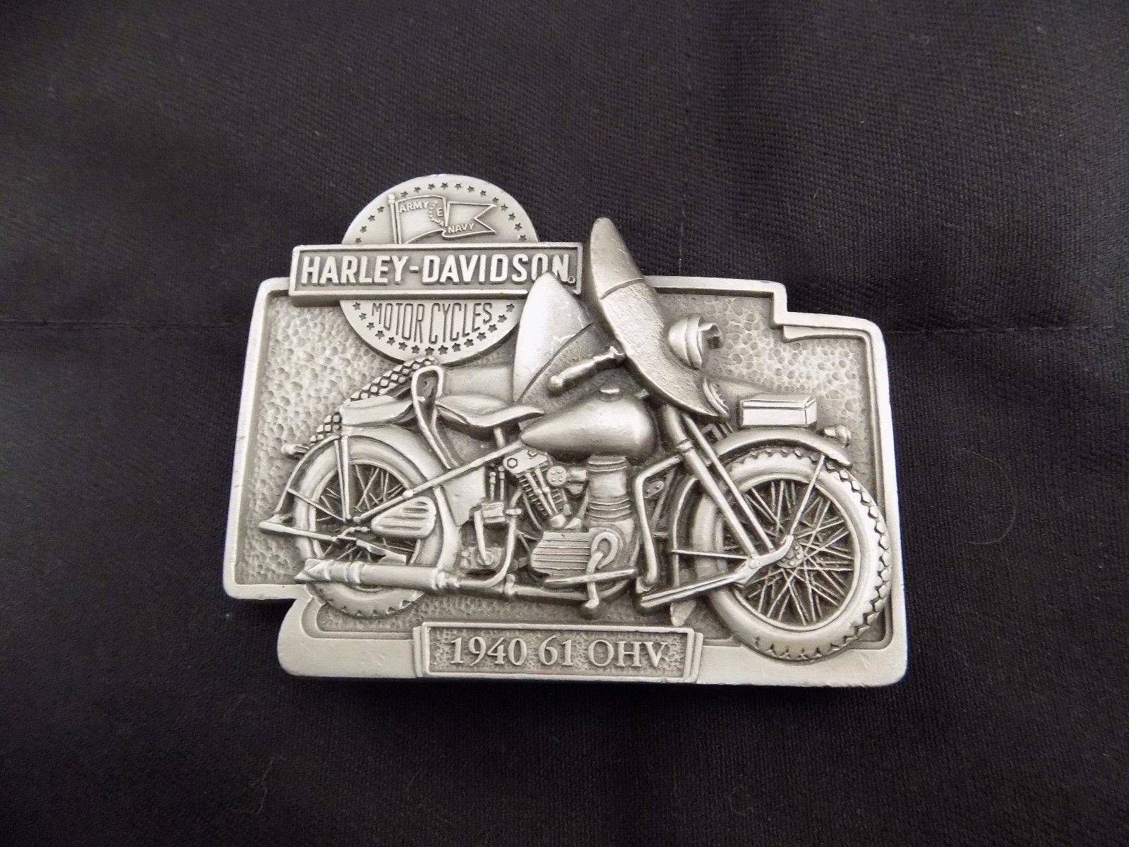 VINTAGE HARLEY DAVIDSON 1940 61 OHV FINE PEWTER BELT BUCKLE PRE-OWNED 2BBA