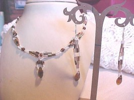 NEW HANDMADE BEADED NECKLACE SET VERY PRETTY FREE SHIP ..BY OUTBACKHILL - $8.90