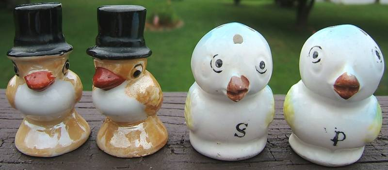 Salt Pepper Shaker Sets BLUEBIRDS and Top Hat Birds