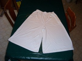 Women's Size Large Cullottes - $25.99