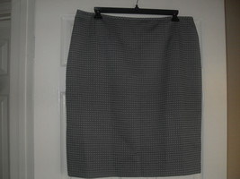 Le Suit New Quebec Womens Gray Straight Pencil  Skirt     18 - $9.99
