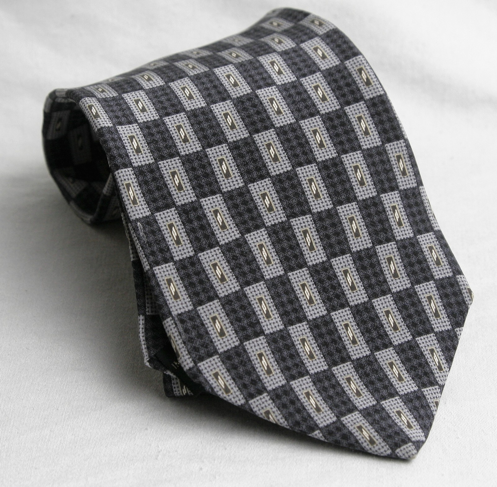 Kenneth Cole  Tie Necktie Geometeric Gray, White, Black Gold image 1