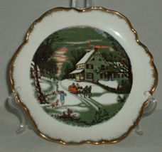 Currier and Ives The Old Homestead In Winter Sleigh Ride Decorative Plate  - $9.99