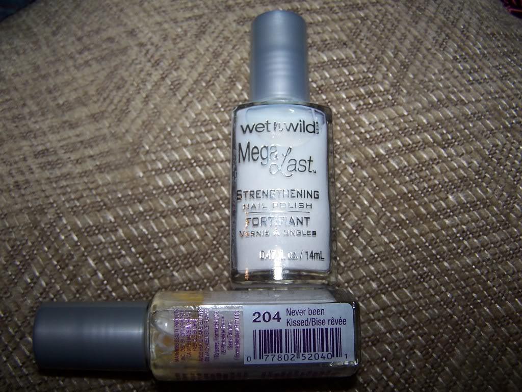Wet n Wild Mega Last Stregthening Nail Polish 204 Never Been Kissed